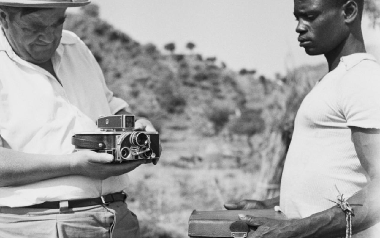 AFRICAN MIRROR - René Gardis Afrika